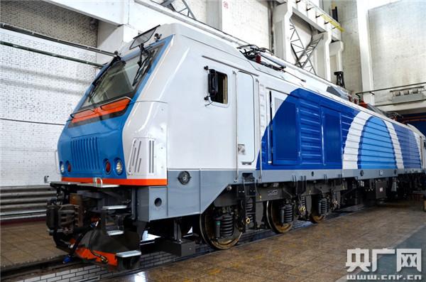 中车大同公司中白货运2型电力机车